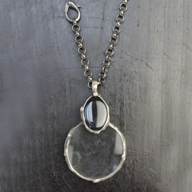 Large Onyx Magnifying Necklace