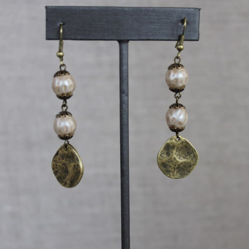 Glass Pearl Beaded Earrings 1783a
