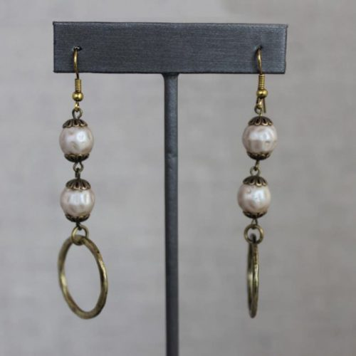 Glass Pearl Beads With Hoop