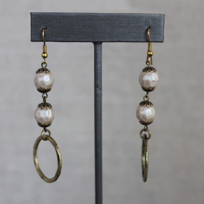Double Glass Pearl Beads With Hoop Earrings